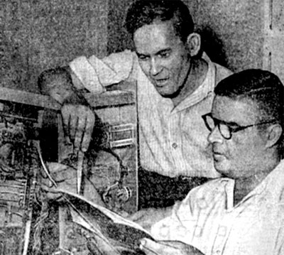 UB5OE (справа) и ex: eu5CR, 1960-е гг.