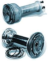 Телефонные трубки А. Г. Белла (1879 г.) и Э. В. Сименса (внизу)