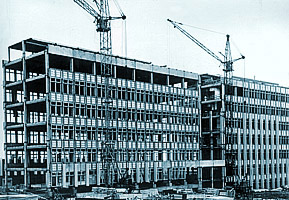 Construction of the laboratory building for  SIDEC, 1972.